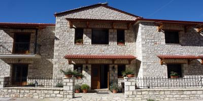 Megalo Chorio | Evrytania | Sculptured in stone and wood